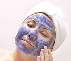 В каких случаях разрешается и просто необходимо применять маску на основе черники?