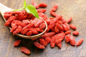 Плоды дерезы как компонент питания