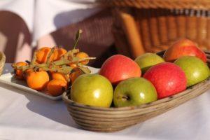 Какие фрукты чем полезны: какая польза от яблок и абрикосов