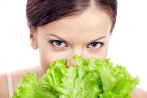 Народные рецепты масок из листьев салат