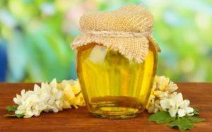Полезные свойства меда акации: противопоказания, польза и вред