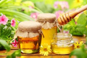 Полезные свойства меда: противопоказания, польза и вред