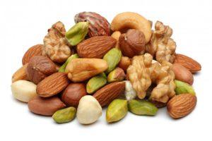 Полезные свойства орехов: польза и вред, виды орехов