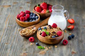Совместимость молока с другими продуктами питания