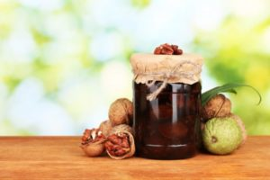 Полезные свойства варенья из грецких орехов