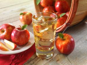 Польза компота из яблок