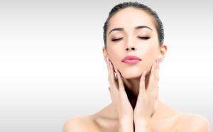 Чем кокосовое масло полезно для кожи лица
