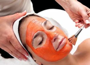 Показания к использованию моркови в составе масок
